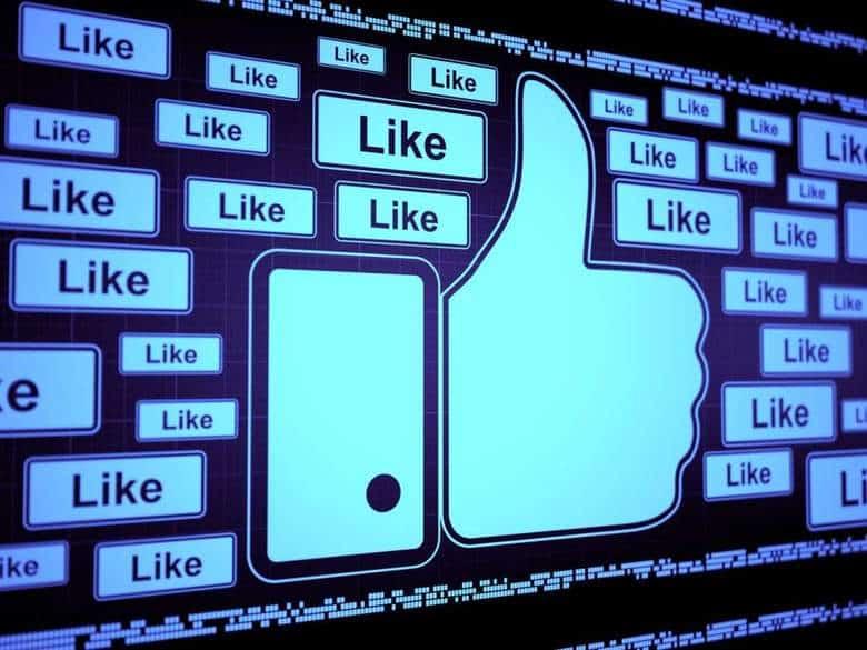 Come scrivere dei post sui social fenomenali